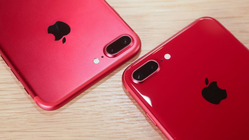 iphone 8 in red colour