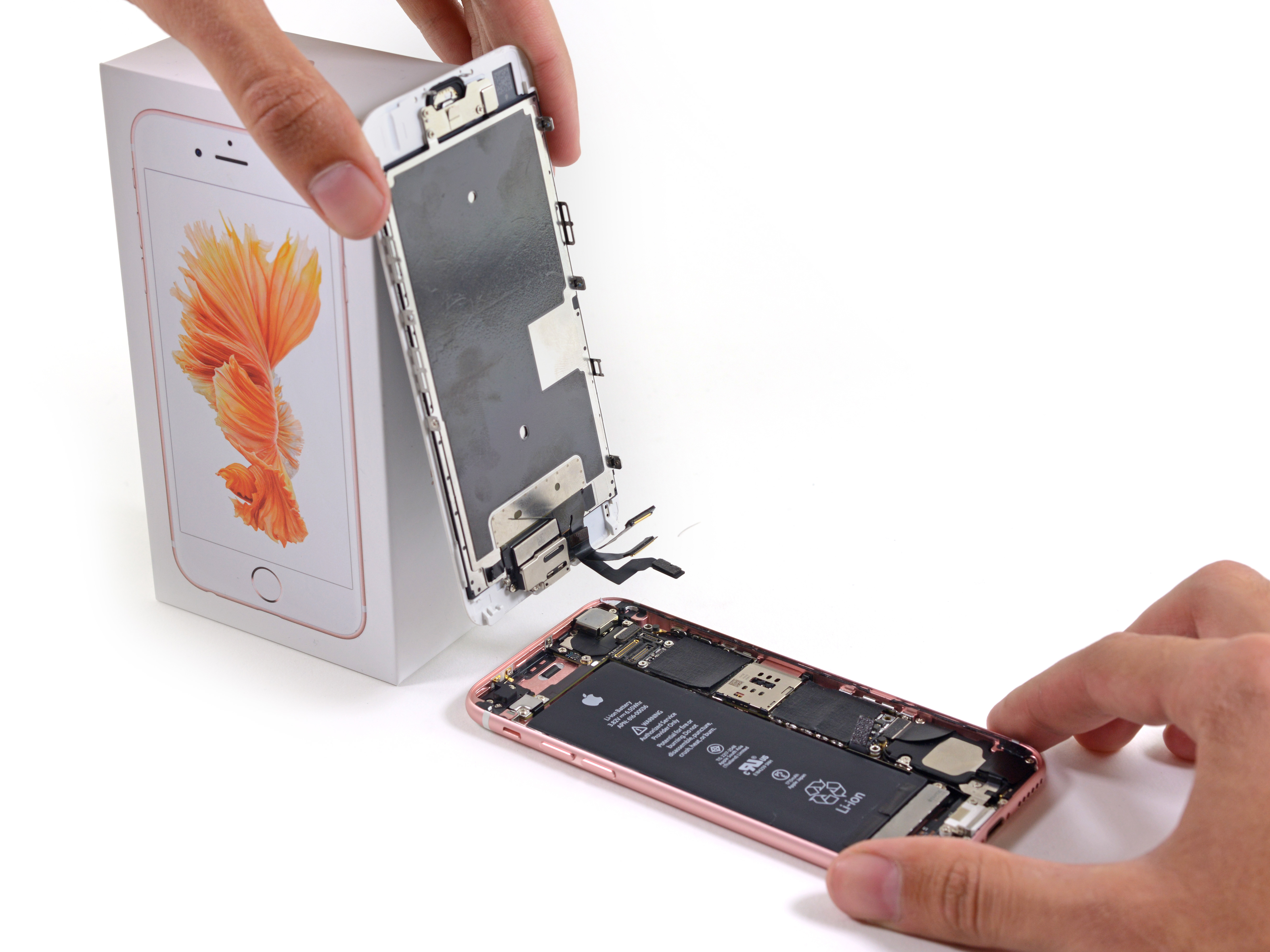 los angeles b93c0 26865 How to Change the Screen of Your iPhone with the Fixxoo DIY Kit